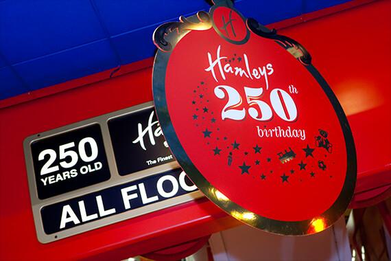 Hamleys slaví 250 let!